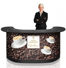 Expand-PodiumCase-XL-counter-woman-coffee-200x400px